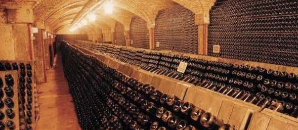 wine_lombardy_franciacorta_page