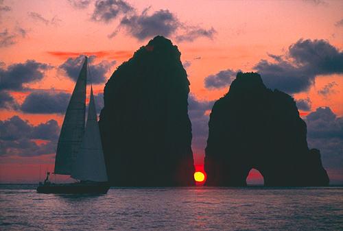 Mais où est Uccen ???  - Page 10 Capri_sunset